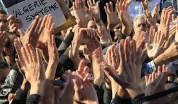 L'opposition s'organise pour peser sur un système sourd aux revendications citoyennes