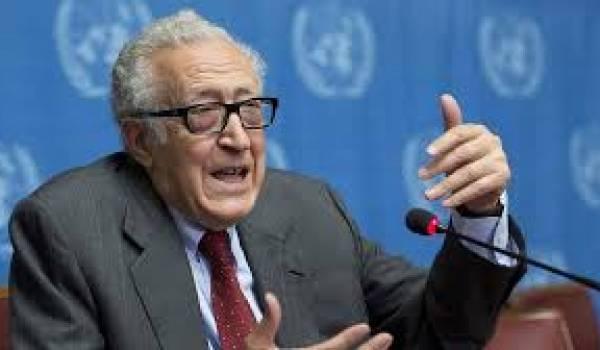 Lakhdar Brahimi jette l'éponge.