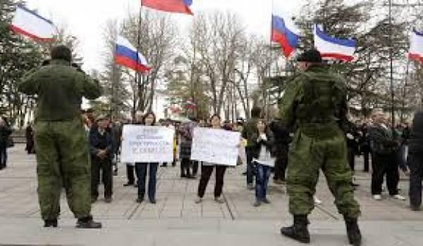 Les séparatistes pro-russes de l'est de l'Ukraine ont mené à bien leur référendum