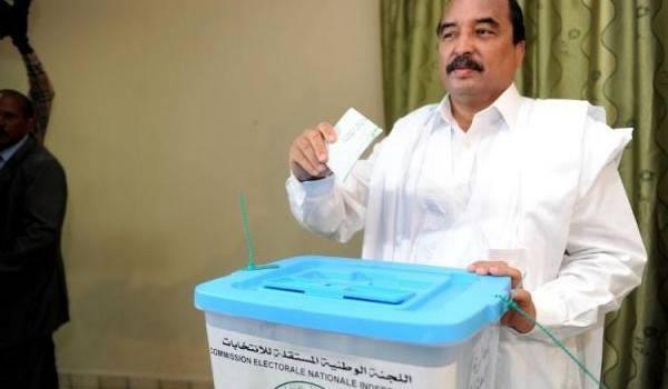 Le président Abdel Aziz serait favori à sa propre succession.