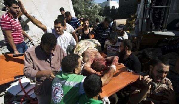Le bilan des victimes palestiniennes des bombardements israéliens s'alourdit chaque jour à Gaza.