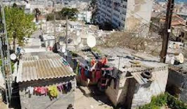 L'Etat a habitué les Algériens à une politique d'assistanat, ouvrant la porte par-là même à toutes sortes de trafics.
