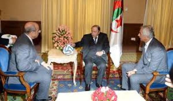 Bouteflika aurait quand même prononcé deux phrases lors de cette rencontre avec Vahid et Raouraoua.