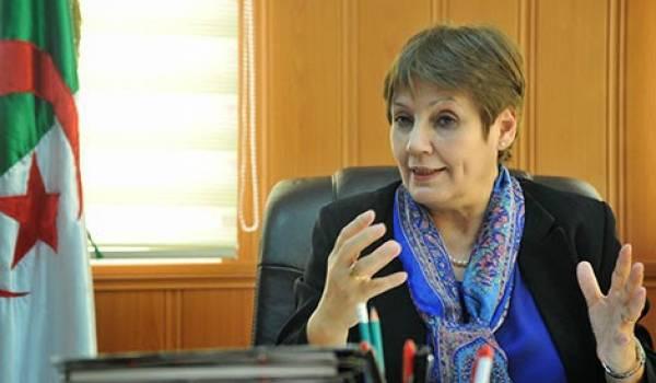 La nomination de Nouria Bnghebrit à la tête de l'Education nationale a fait sortir du bois les islamo-conservateurs.