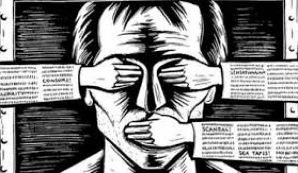 Un journaliste qui subit des pressions d'un élu FLN pour avoir révélé une affaire de malversation.