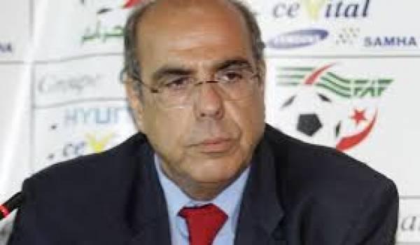 Mohamed Raouraoua et la FAF remis en cause par l'association de football sans violence.