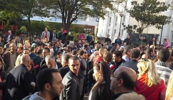 Une foule nombreuse est venue assister à l'inauguration de la place Slimane-Azem.