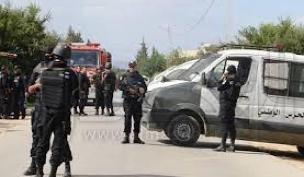 Six morts dans l'assaut.