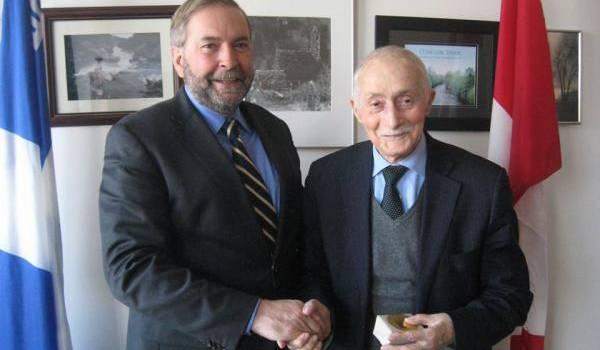 Ali Yahia Abdennour avec Thomas J. Mulcair, chef de l'opposition au Canada
