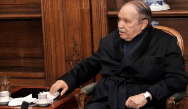 Bouteflika lors de son hospitalisation à l'hôpital militaire du Val-de-Grâce.
