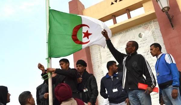 Il est temps que la nouvelle génération prenne le destin de l'Algérie en main.
