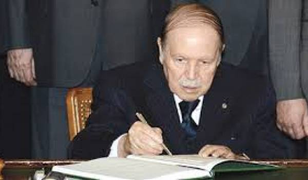 Abdelaziz Bouteflika a beaucoup promis en 2011.