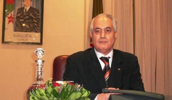 Tayeb Belaïz, tout puissant ministre de l'Intérieur qu'il est, a-t-il une réelle volonté de mettre l'administration au service du citoyen ?