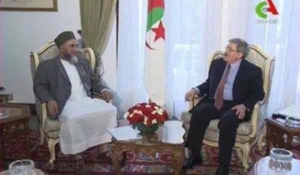 La rencontre d'Ouyahia avec le chef terroriste Madani Mezrag constitue un des reniements du pouvoir.