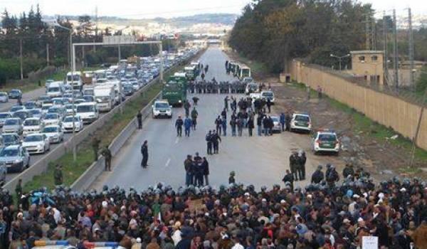 Les patriotes sur la route nationale lundi.