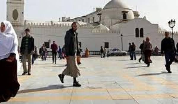 Quelle liberté pour les Algériens devant tous les carcans et autres moyens répressifs mis en place ?