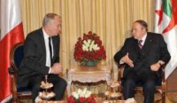 Abdelaziz Bouteflika et le premier ministre français.