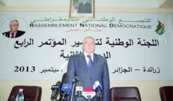 Bensalah et le RND soutiennent la candidature de Bouteflika pour un 4e mandat.