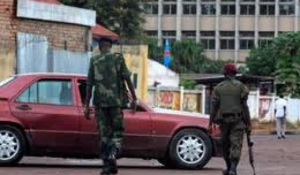 Trois sites stratégiques ont été attaqués par les assaillants.