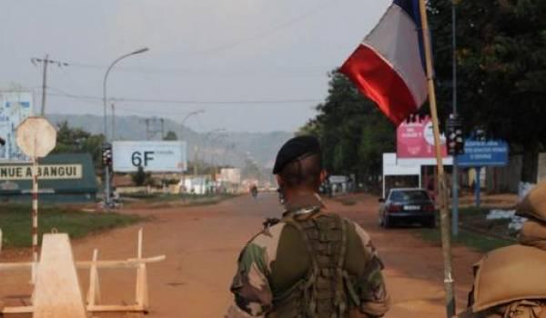 L'Armée française se veut le gendarme de l'Afrique au grand dam des Africains.