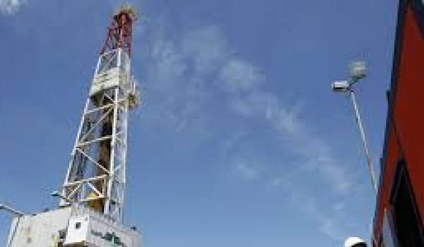 Le gouvernement a décidé l'exploitation du gaz de schiste.