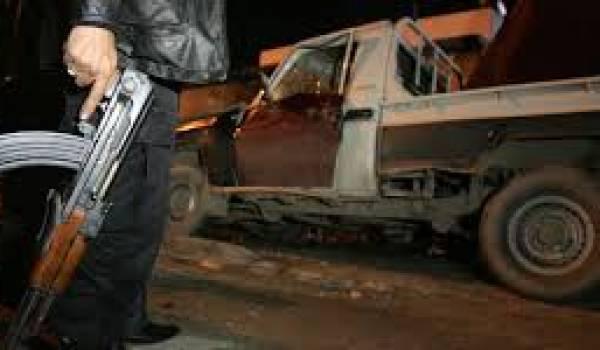 Le colonel Fethallah al-Gaziri, chef des renseignements militaires, est tué par balles.
