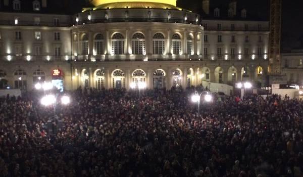 Des milliers de personnes se sont rassemblés pour dénoncer le massacre.
