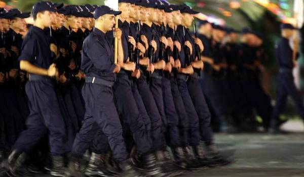 Le Mouvement démocratique et social (MDS) réclame que la police soit au service du peuple pas du pouvoir.