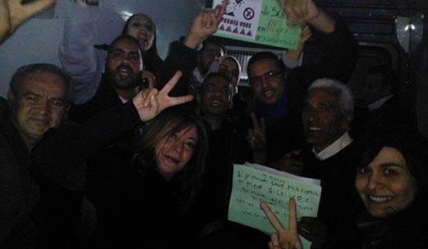 Les activistes opposés au gaz de schiste embarqués par la police à Alger.