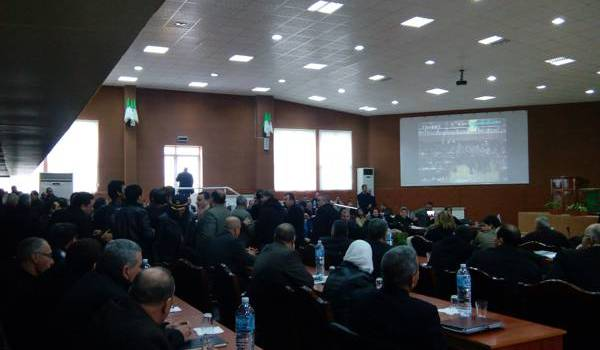 Séance de l'assemblée populaire de la wilaya de Bejaïa.