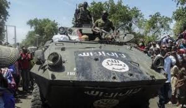 Boko Haram s'empare de la ville et de ses casernes.
