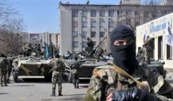Les pro-Russie mènent une meurtrière offensive sur Marioupol.