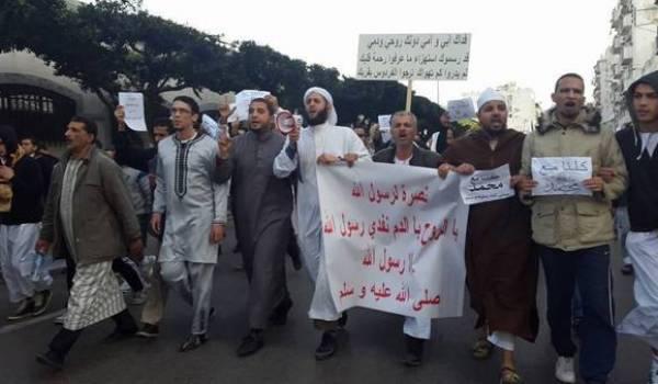 Les islamistes ont marché à Alger avec la bénédiction du pouvoir.