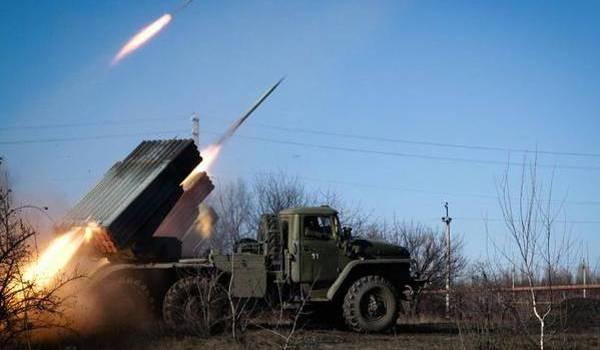 La Russie déploie ses armes lourdes en soutien aux séparatistes