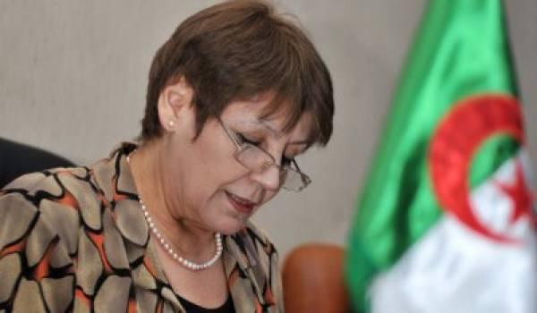 La ministre de l'Education.