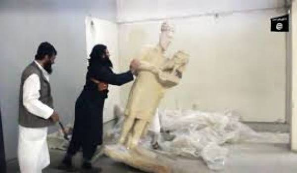 Les tueurs de l'Etat islamique s'en prennent à l'art.