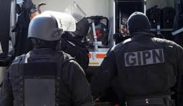 Sept hommes et d'une femme, originaires de Turquie et du Maghreb ont été interpellés mardi.