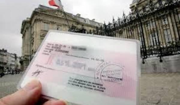La régularisation en France devient un maquis administratif.