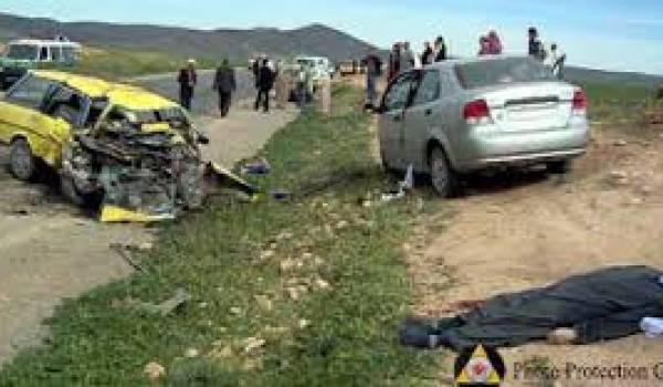 Des milliers de morts sur les routes algériennes.