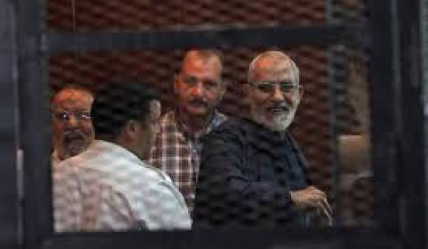 Mohamed Badie le chef des Frères musulmans condamné à mort.
