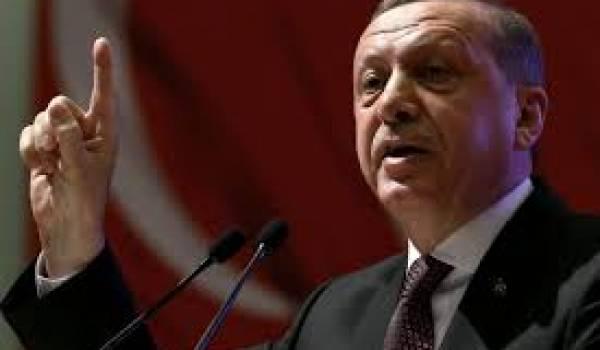 Le pouvoir d'Erdogan sévit contre la presse.