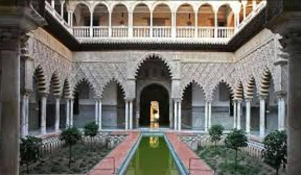 Les Algériens ont visité l'Espagne en grand nombre.