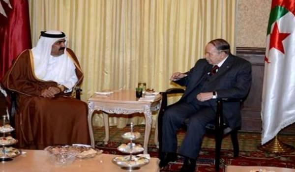 Les Qataris sont très favorisés par le clan Bouteflika. Ici Cheikh Hamad ben Khalifa Al Thani reçu par Bouteflika