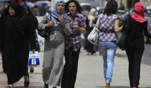 """La réforme Bouteflika sortira-t-elle la femme de son """"statut de mineure"""" ?"""