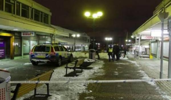 Un pub attaqué à l'arme automatique à Göteborg
