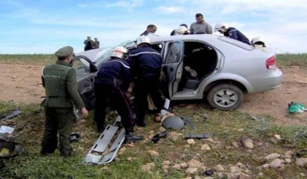 En moyenne une soixantaine d'Algériens meurent chaque semaine sur les routes.