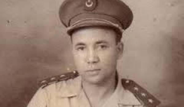 Après l'avoir assassiné, le pouvoir a consenti à réhabiliter le colonel Chaabani.