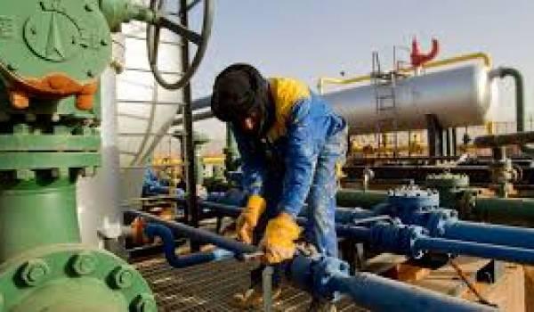 A défaut de relancer l'économie, les puits de pétrole ont alimenté les coffre-forts de nouveaux magnats.