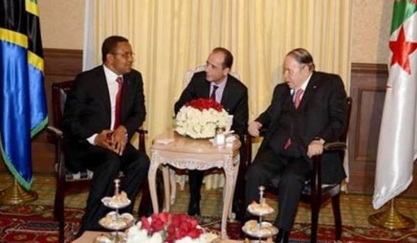 Abdelaziz Bouteflika dimanche avec son homologue tanzanien, Jakaya Mrisho Kikwete