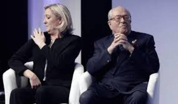 Jean-Marie Le Pen et sa fille Marine, de l'extrême droite française.